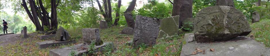 Dans le vieux cimetière de Lublin